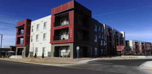 bluff-lakes-apartments-denver
